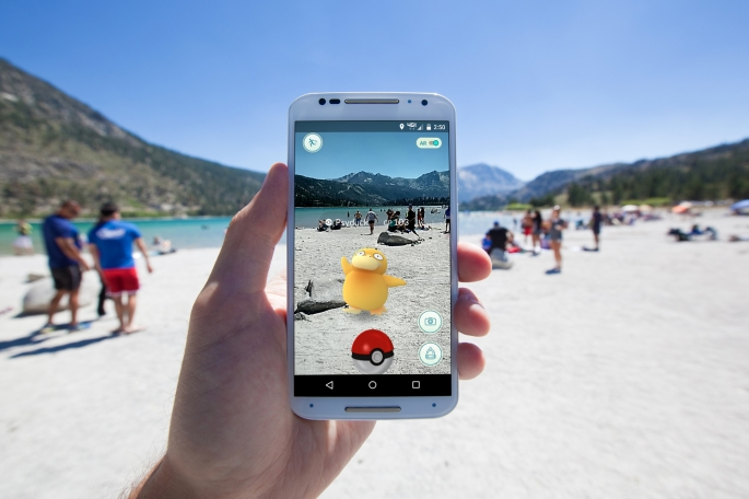 Pokemon GO Encounter at the Lake Shore
